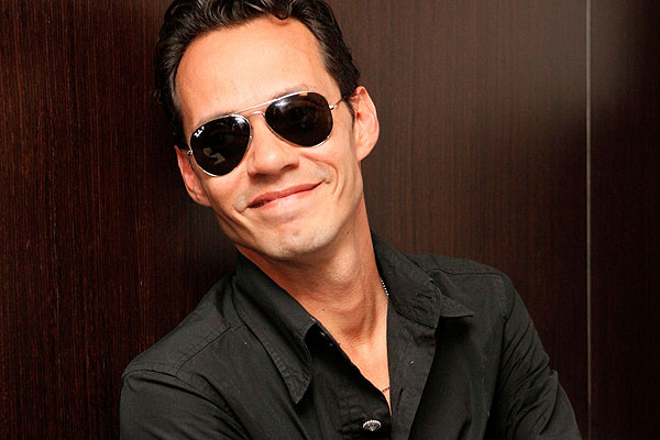 marc anthony she mends me