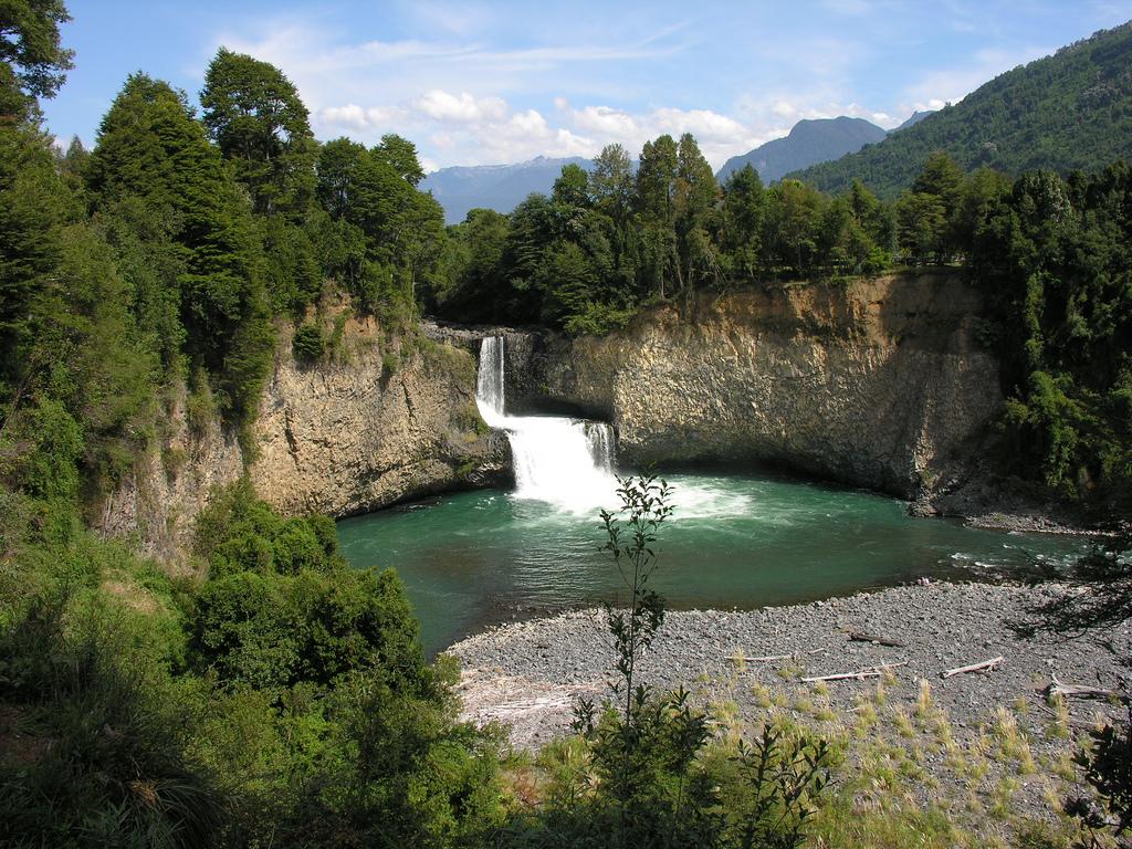 Cascadas Lago Ranco