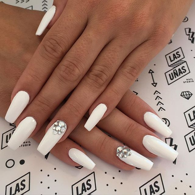 U 241 As Squarelettos Conoce La Manicure De Moda Con Toques
