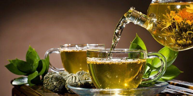 Exceso de beber té verde