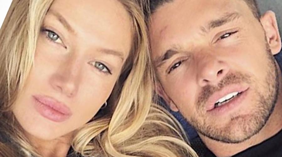 Leandro Penna comparte romántica postal con su novia de su viaje a ... f2b580145c767