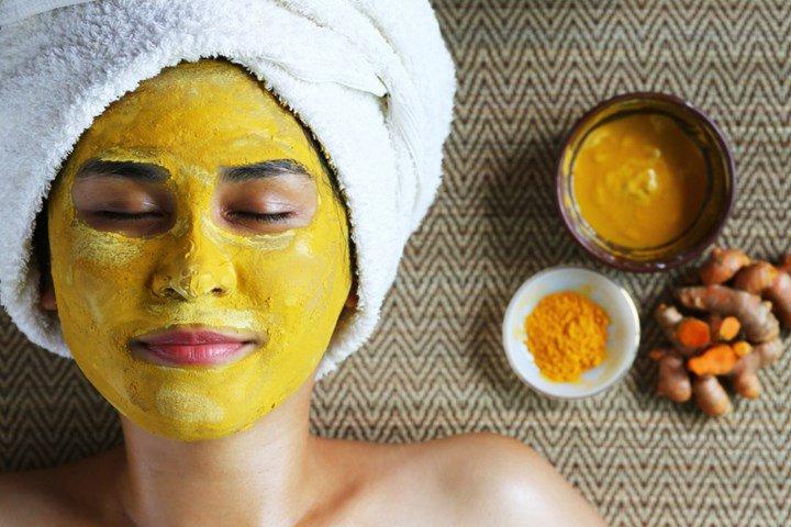 La cúrcuma le otorga múltiples beneficios a la piel.