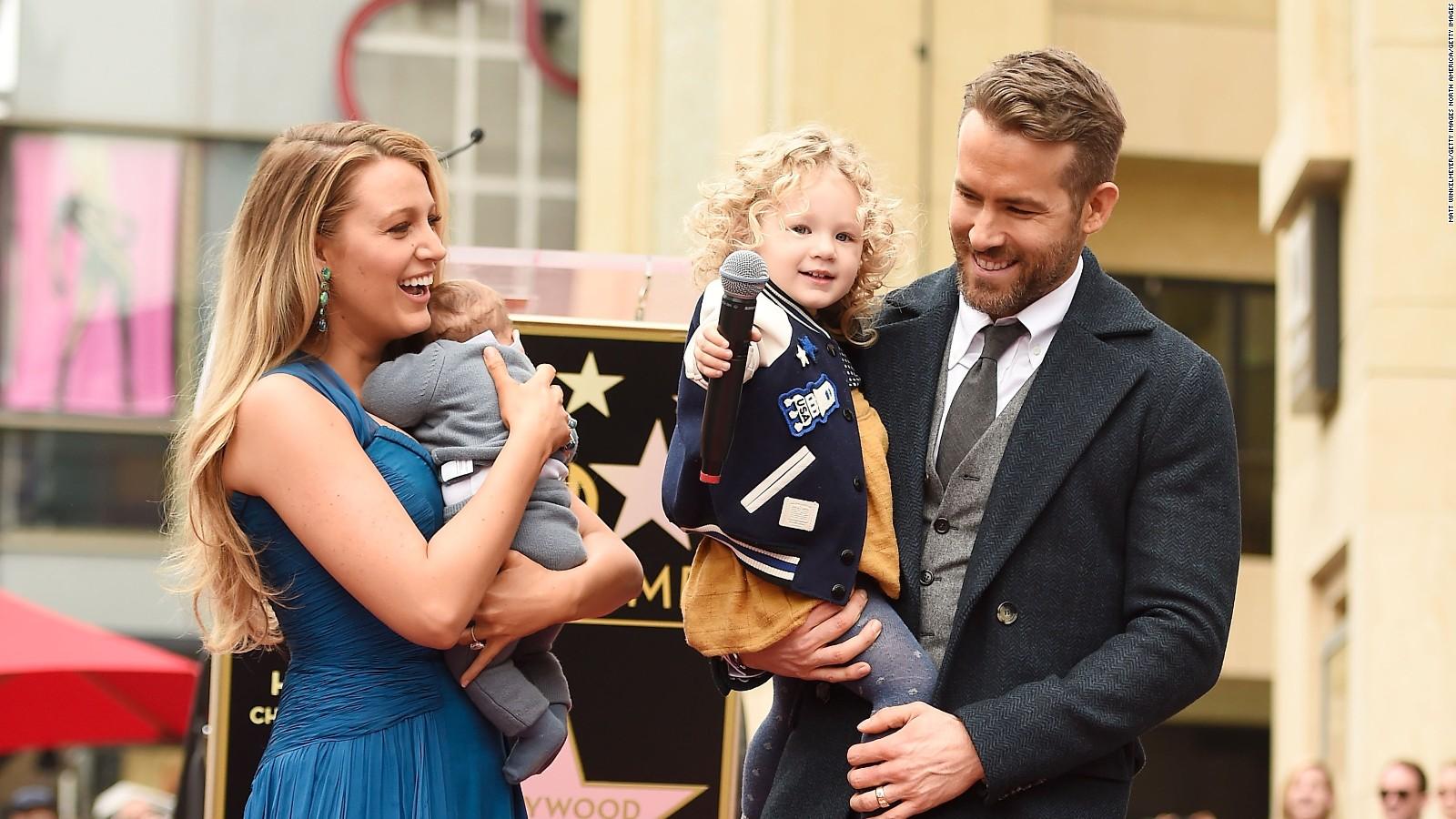 Ryan Reynolds trollea a su esposa Blake