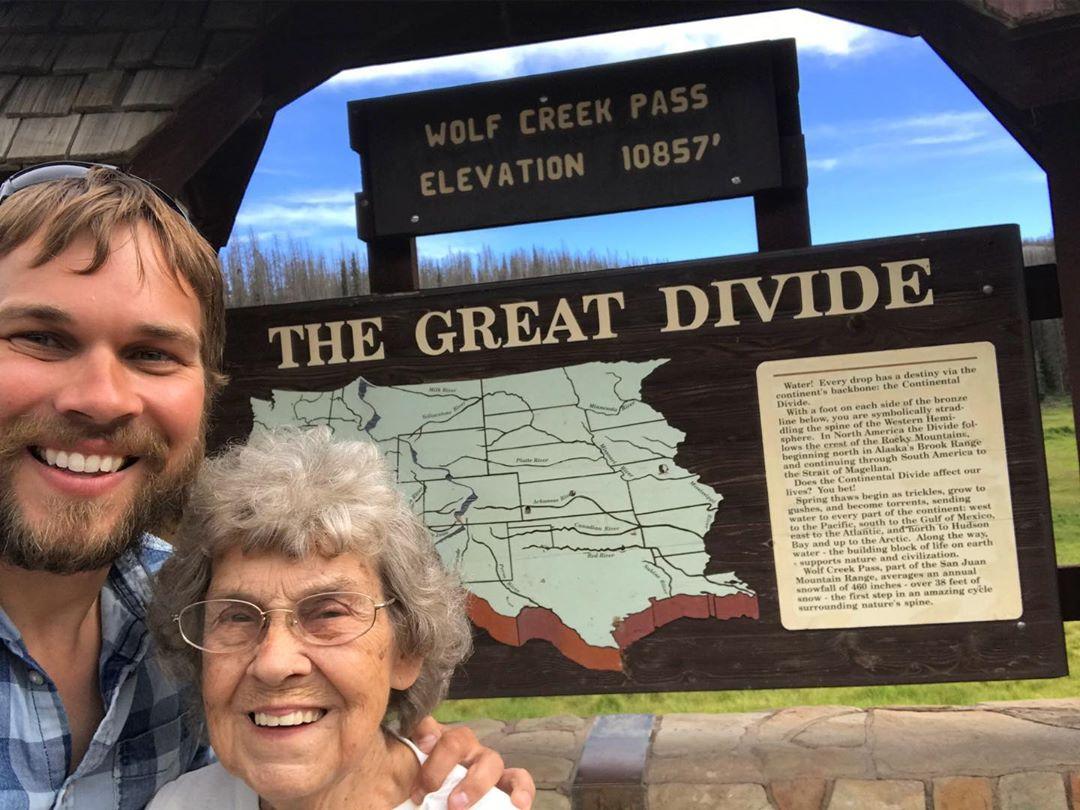 abuela joy y brad