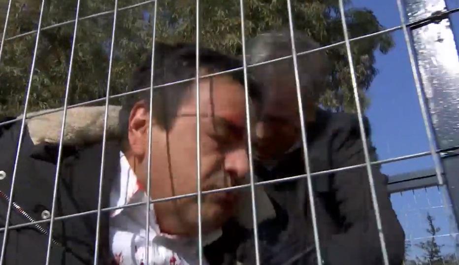 Mariano le da una brutal golpiza a Matias por abusar de su hija Florencia