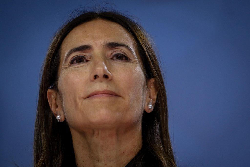 Diputados aprueban interpelación a ministra Carolina Schmidt