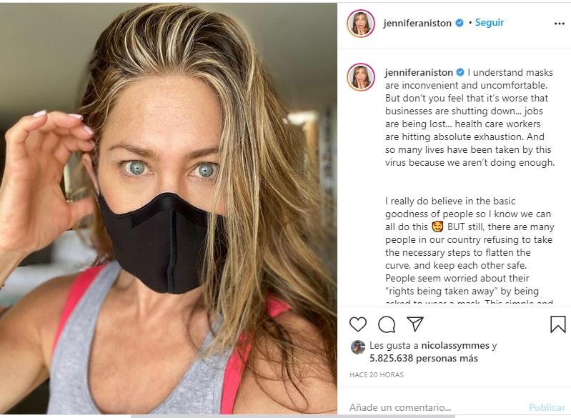 Jennifer Aniston y su llamado a usar mascarilla