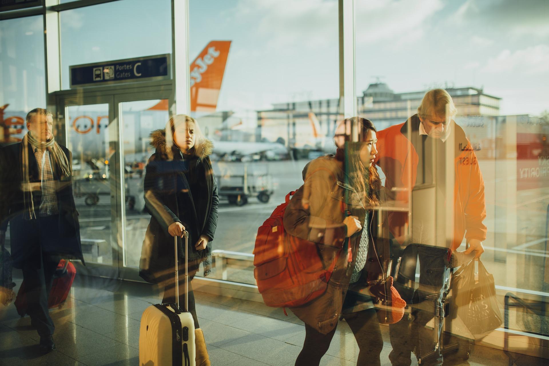 maleta vuelos aeropuerto