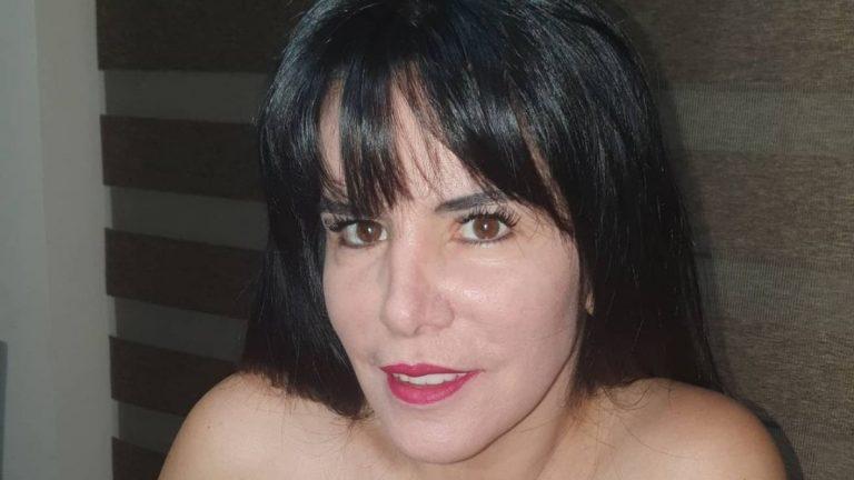 Anita Alvarado Hijas
