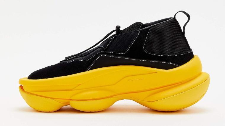 Zapatillas blobs serán tendencia este 2021.