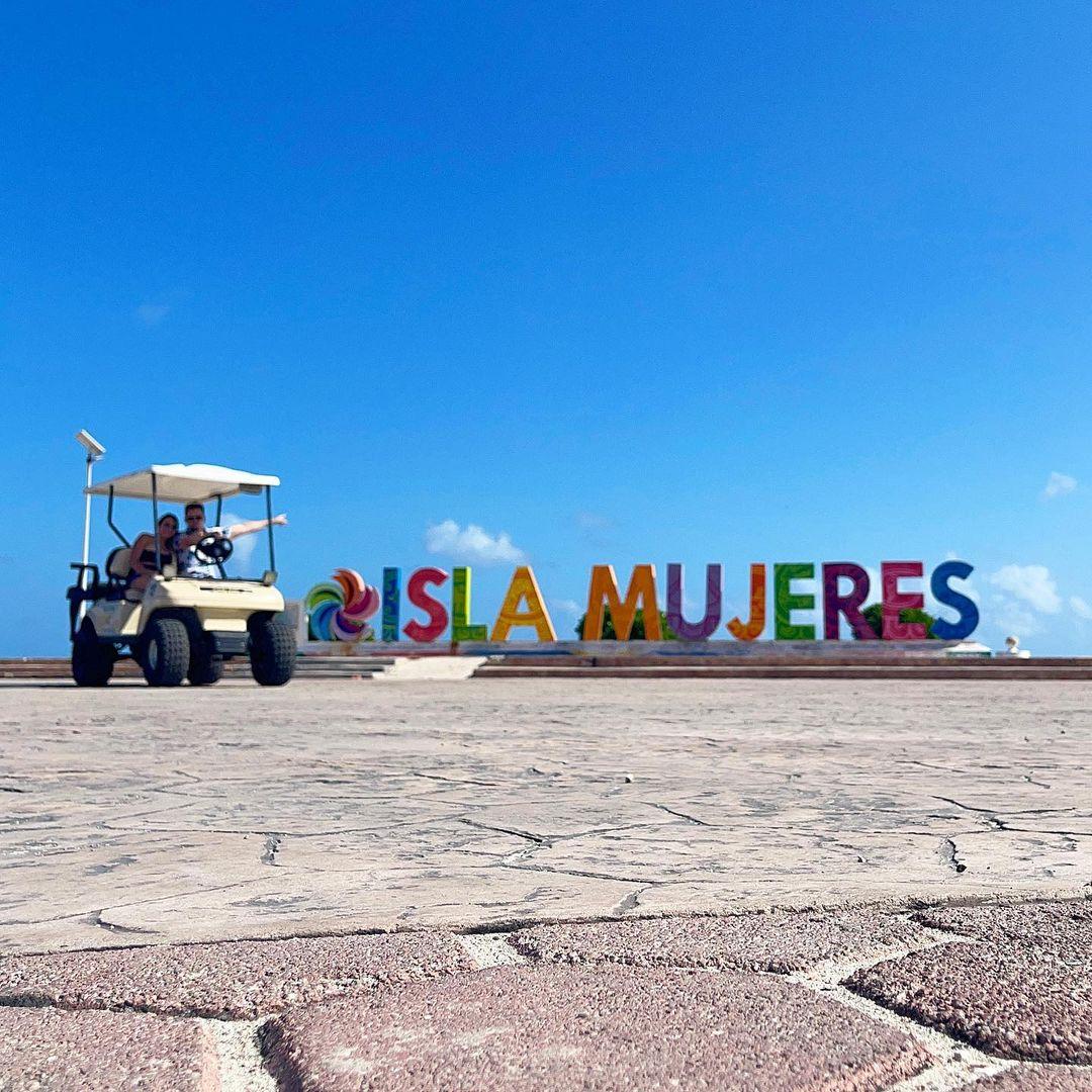 Nano y Rebeca en Isla Mujeres