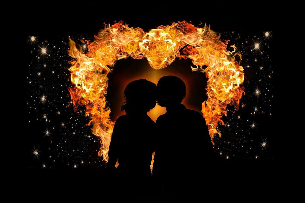 congeniar en pareja acorde a elementos de los signos zodiacales