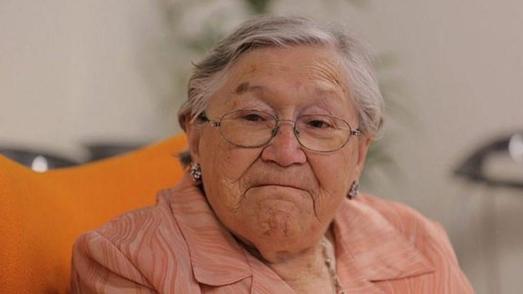 abuelita Naná de Masterchef de vacunó contra el covid-19