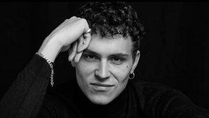 Aron Piper: En su cumpleaños te contamos 10 datos que no sabías de él