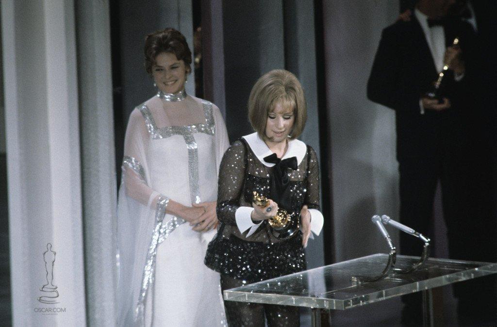 Barbra streisand escenario premio