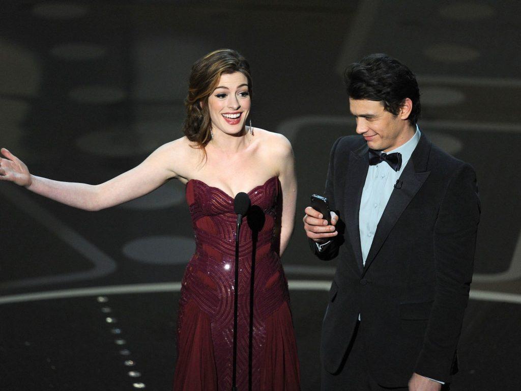 Anne Hathaway James Franco Oscar 2011