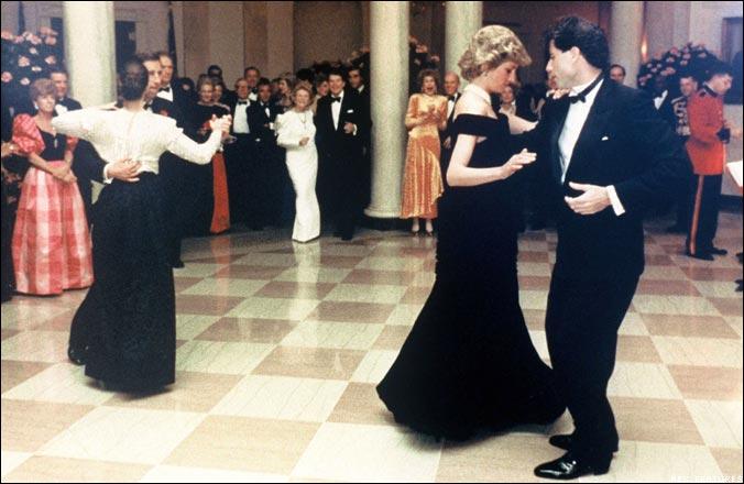 Lady Di Cena Casa Blanca