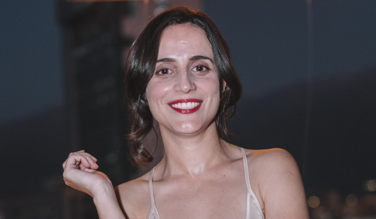 Camila Hirane 2