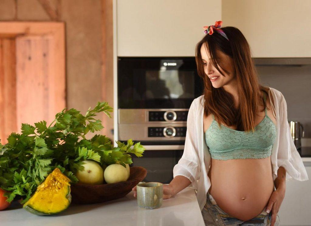 ¡Creció su pancita! Juanita Ringeling compartió fotos de su avanzado embarazo