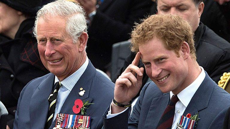 Príncipe Harry Y Carlos