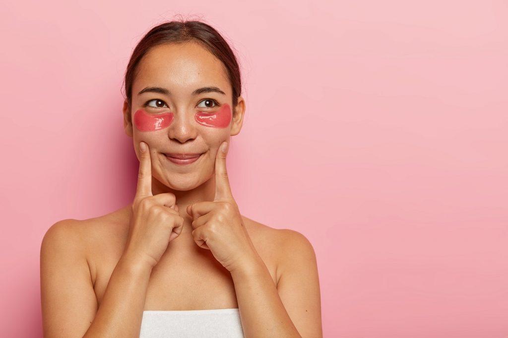 La vitamina K será tu aliada para reducir las ojeras