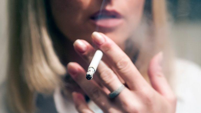 Riesgo Del Tabaco En Mujeres