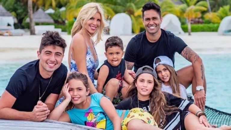 Cote Lopez Y Su Familia