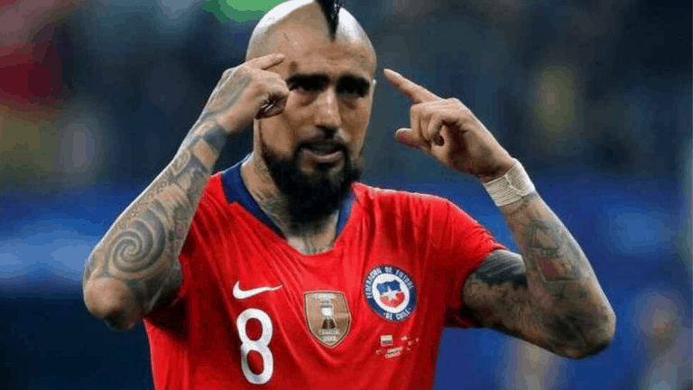 Arturo Vidal arremetió contra los medios por indisciplina de La Roja