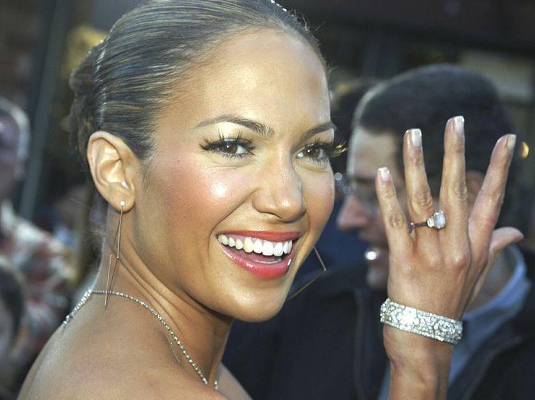 Jennifer Lopez Anillo Compromiso Rosado