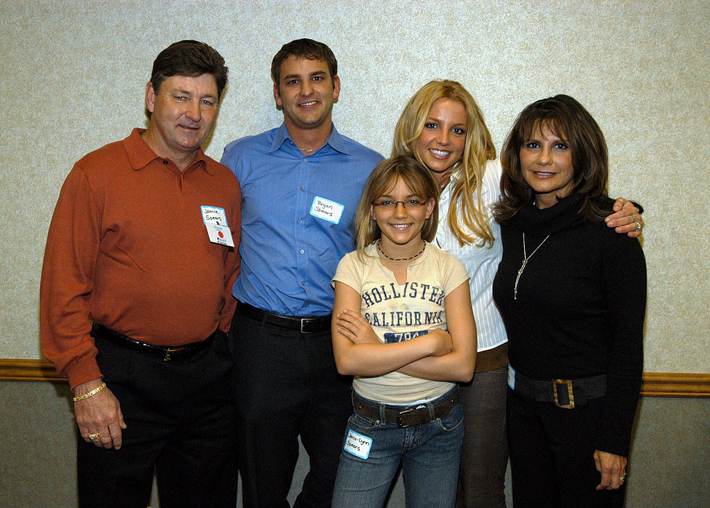 Britney Spears And Family Team Up With Summit Hospital For Cancer Awarness Fair Sunday In Baton Rouge