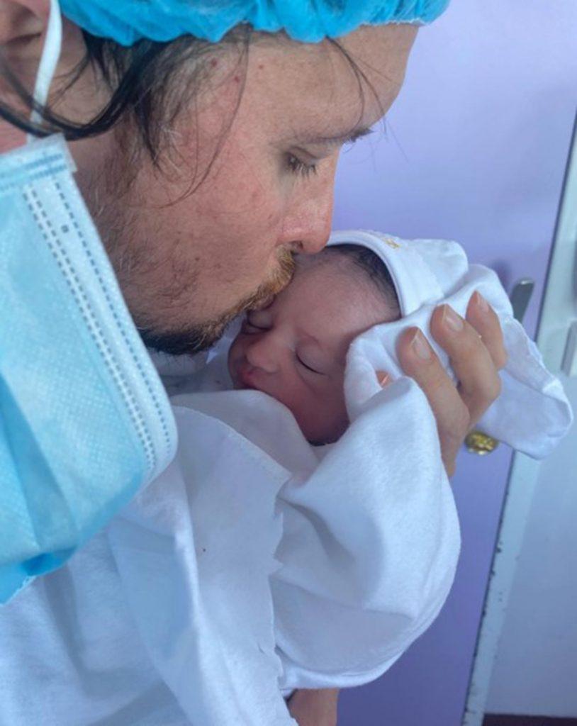 Rodrigo Wainraihgt Y Su Hija Amalia 1