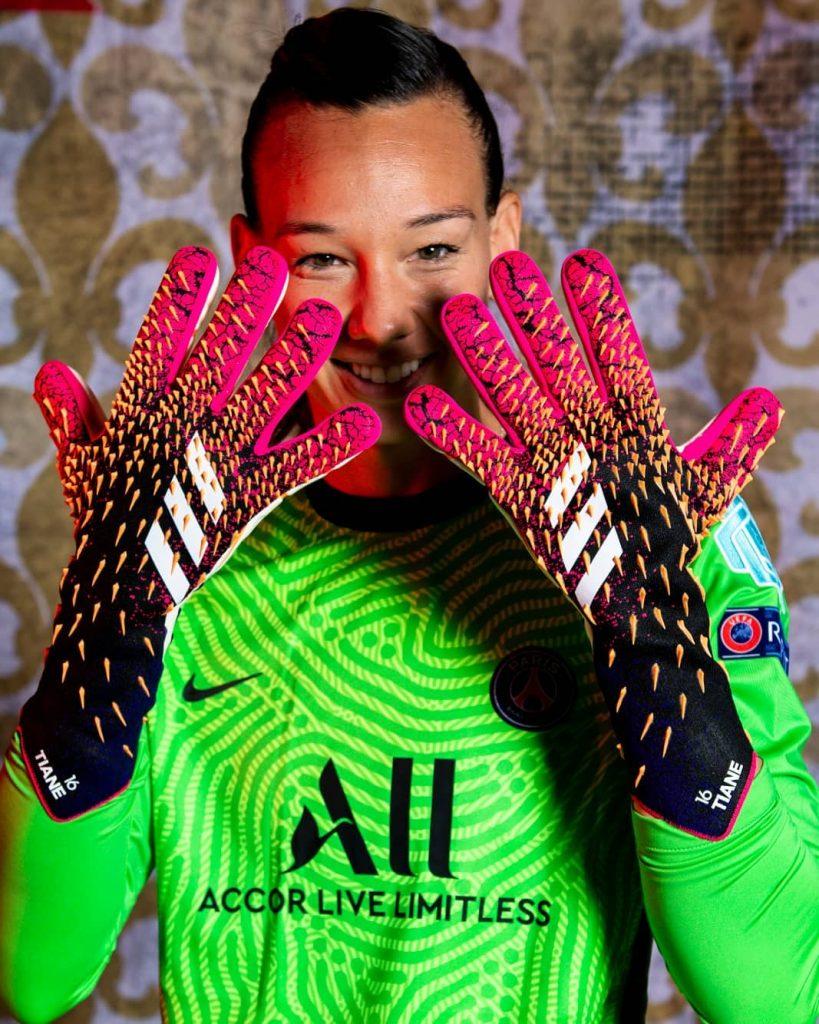 Tiane Endler Selección Chilena De Fútbol