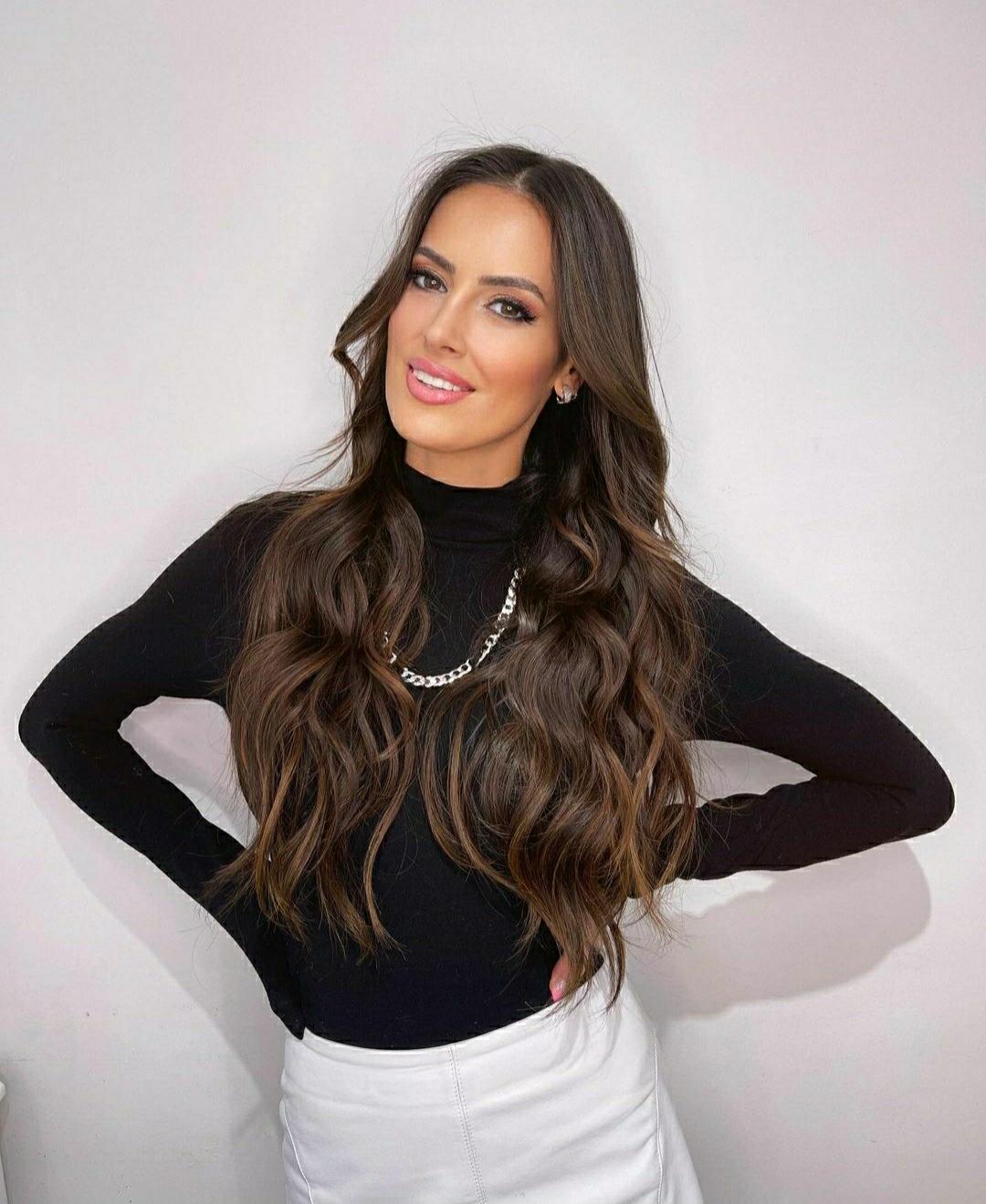 Adriana Barrientos look