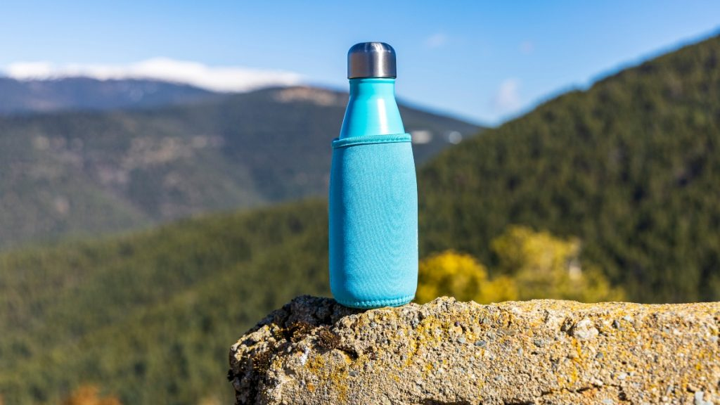 ¿Por qué es mejor beber agua en botellas de acero? Aquí te contamos