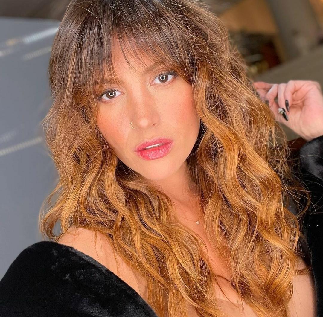 Karen Bejarano look