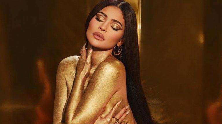 Kylie Jenner En Body Paint Tapa