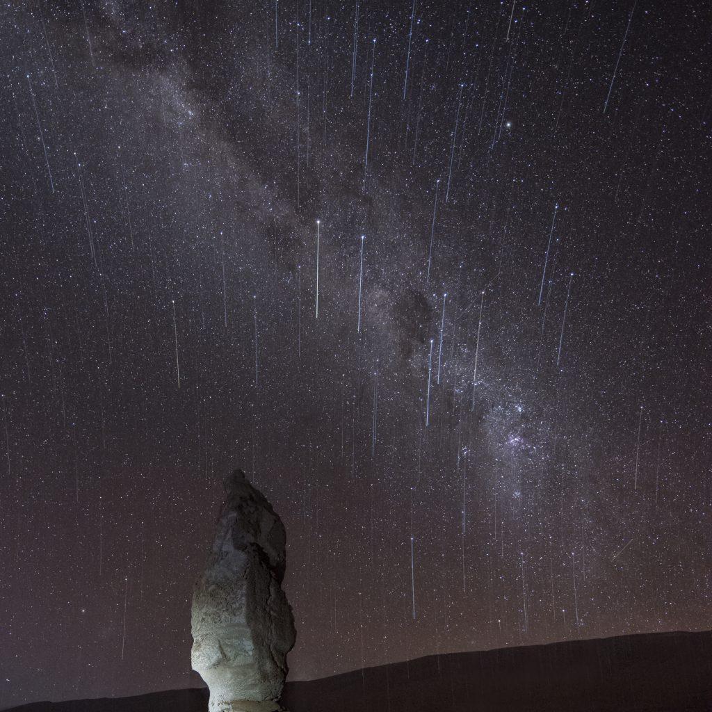 Lluvia de estrellas y meteorito en Chile