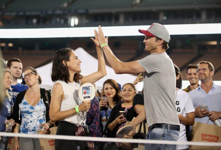 Ashton Kutcher y Mila Kunis responden a críticas