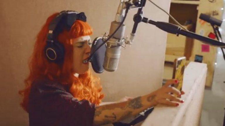 Mon Laferte En Los Estudios De Spotify