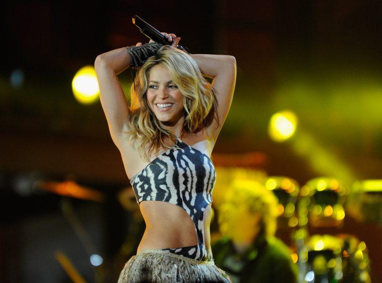 Shakira Whenever, Wherever