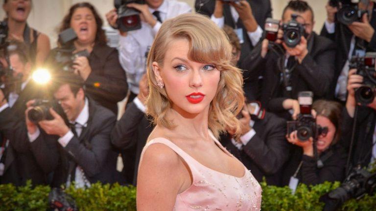 Taylor Swift Album Red
