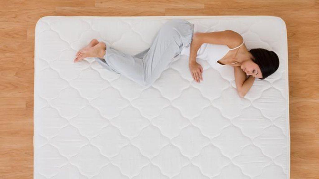 ¿Qué significa soñar con un colchón?