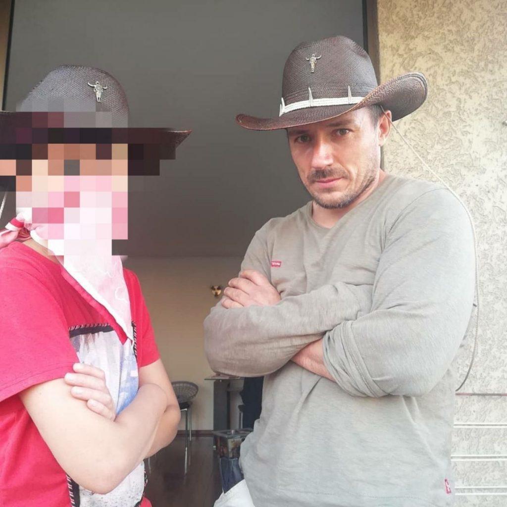 Gonzalo Egas Y Su Hijo Noah Wilma González