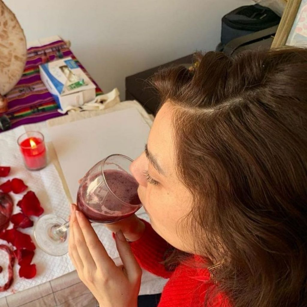 Kathy Contreras Bebió Su Placenta 1