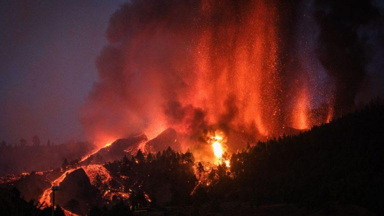 Volcán en España