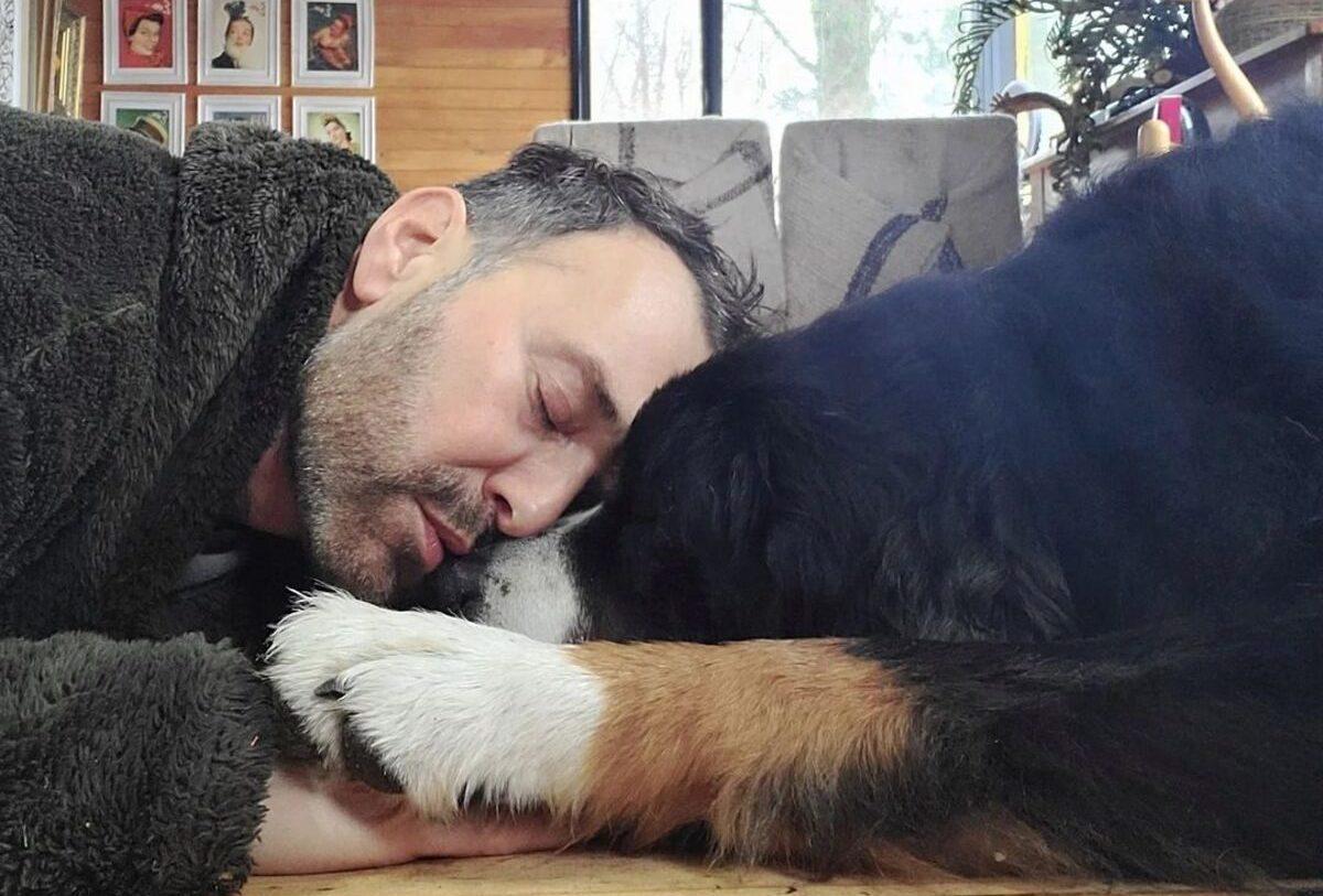 Jordi Castell y su perro